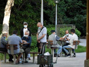 退休生活, 宏利, 為退休而儲蓄, 理想退休年齡62歲, 被動收入養老, 香港財經時報HKBT