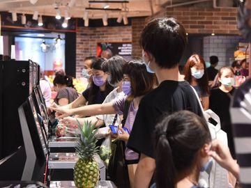 消費券攻略, 5000元消費券, 8月16日完成身份認證, 補領尾班車, HKBT, 香港財經時報