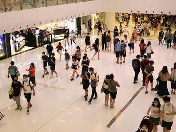 香港人口減少, 樓價指數破頂, 移民潮, 樓市, 影響, 香港財經時報HKBT