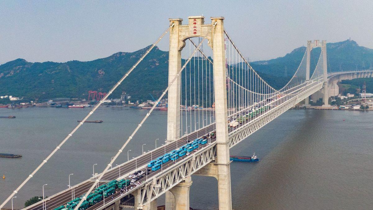 港股分析2021, 浦江國際, 2060, 中期業績, 股票價值分析, HKBT, 香港財經時報