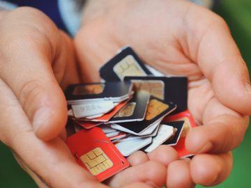 電話卡實名制, 商務及經濟發展局, 電訊商, 太空卡, 儲值卡, HKBT, 香港財經時報