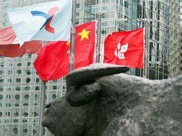 香港通關, 恒指下一站目標27000點, 通關受惠股, 友邦保險, 周大福, HKBT, 香港財經時報