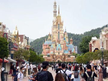 迪士尼門票優惠2021, 港人限定, 699元入園2次, 萬聖節, 聖誕節, 香港財經時報HKBT