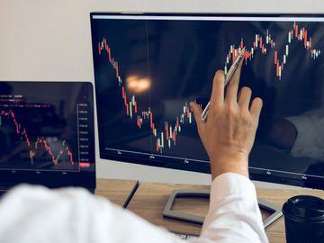 散戶輸多贏少主因, 預測股價走勢無用, 投資方法啱, 賺錢唔難, 龔成, 香港財經時報