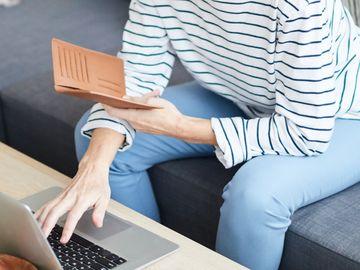 理財個案, 42歲家庭主婦, 投資賺錢俾子女讀書買樓, 龔成, 香港財經時報