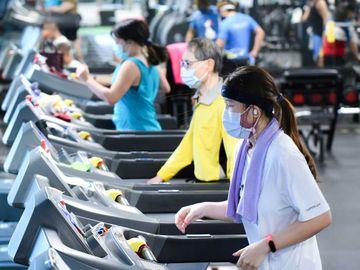 香港海關, 不良營商如打劫, 健身中心, 僱傭中介, 裝修工程, HKBT, 香港財經時報