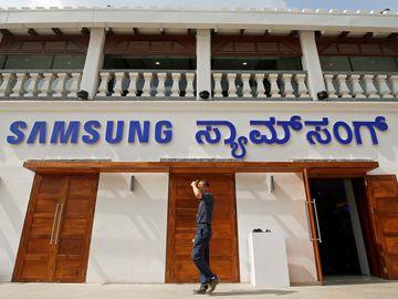 三星電子旗下最大手機門市周二於印度開幕。