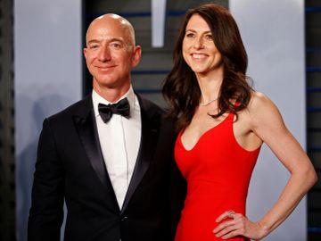 亞馬遜CEO與妻子離婚。